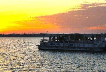 Image of sunset cruise at Tarpon Bay Explorers
